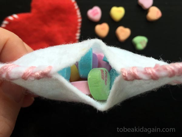 Hand Sewn Felt Treat Bag that Kids can Make - Sewing with kids - Valentines gift - preschool - kindergarten
